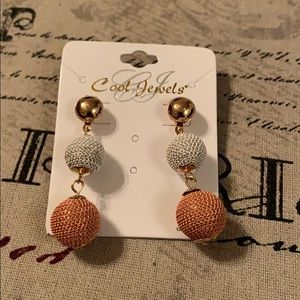 Pretty long earrings
